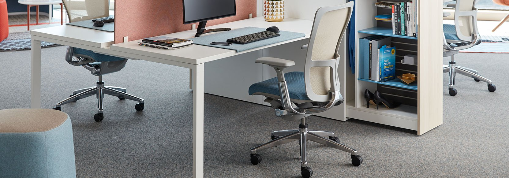 Haworth Zody Task Chair & Table